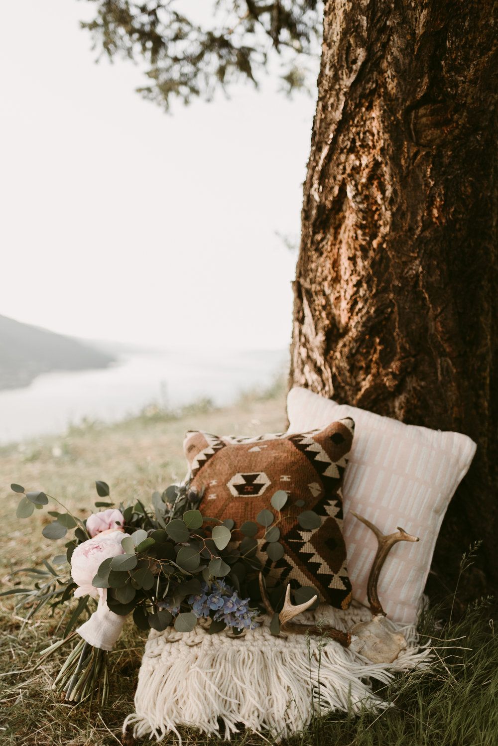 Styled Mountain Elopement-WEBSIZE-16.jpg