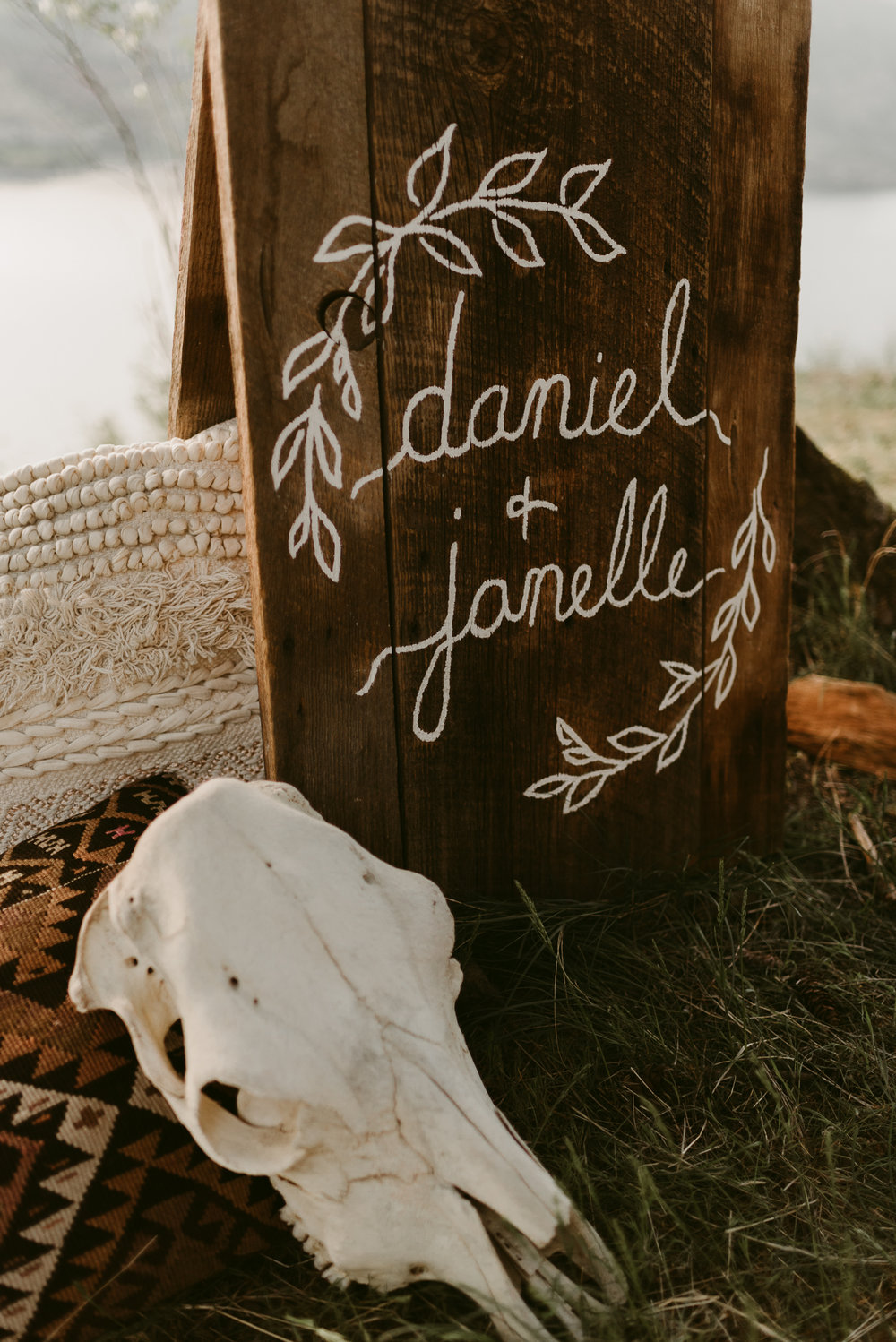 Styled Mountain Elopement-WEBSIZE-18.jpg