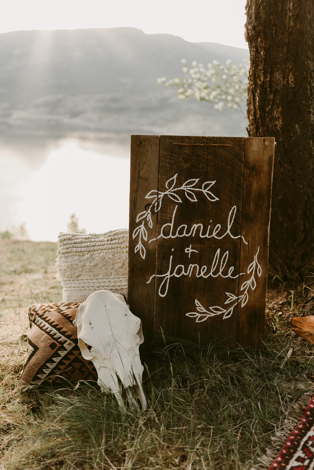 Styled Mountain Elopement-WEBSIZE-19.jpg