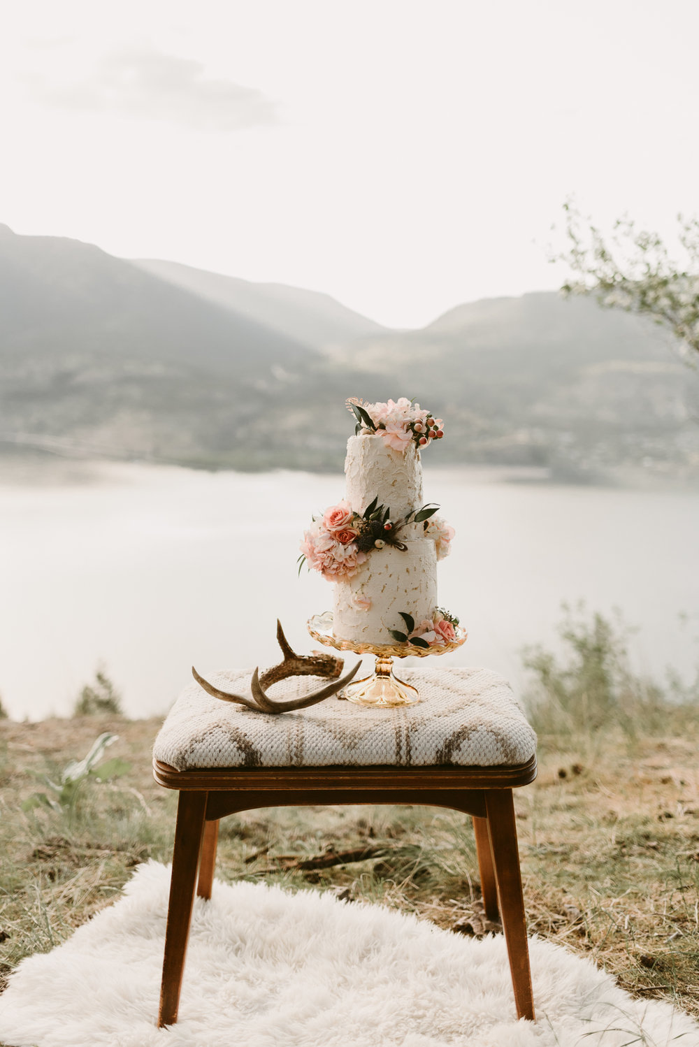 Styled Mountain Elopement-WEBSIZE-23.jpg