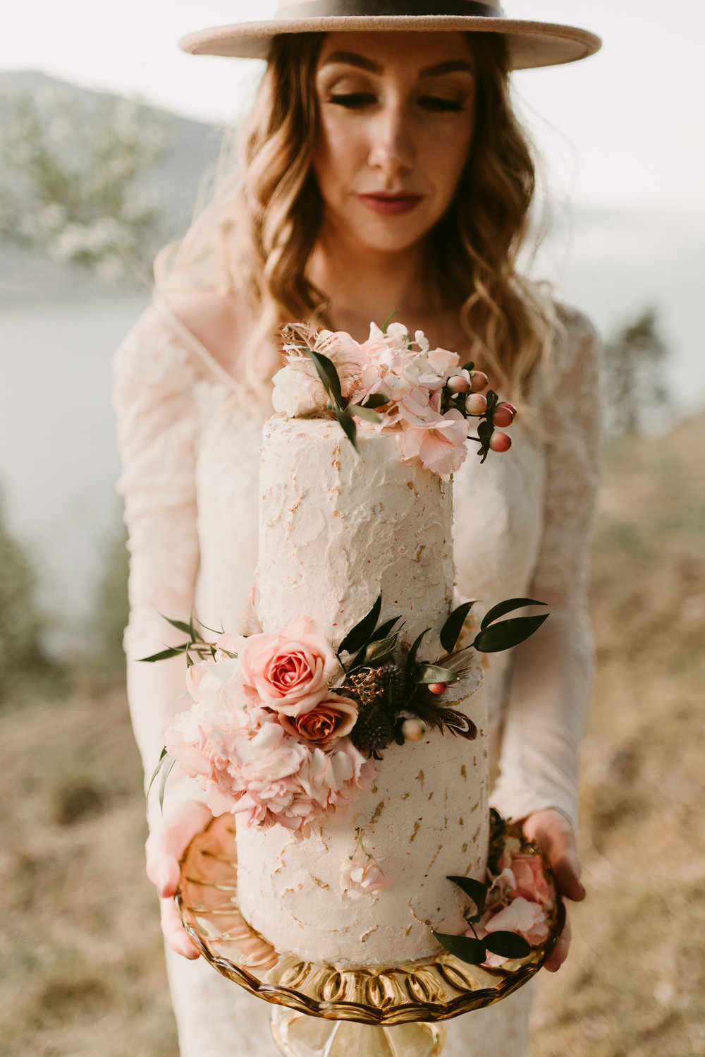 Styled Mountain Elopement-WEBSIZE-34.jpg