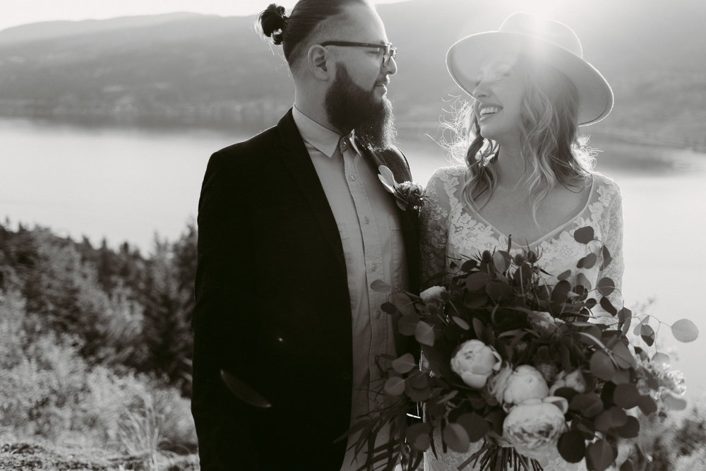 Styled Mountain Elopement-WEBSIZE-63.jpg