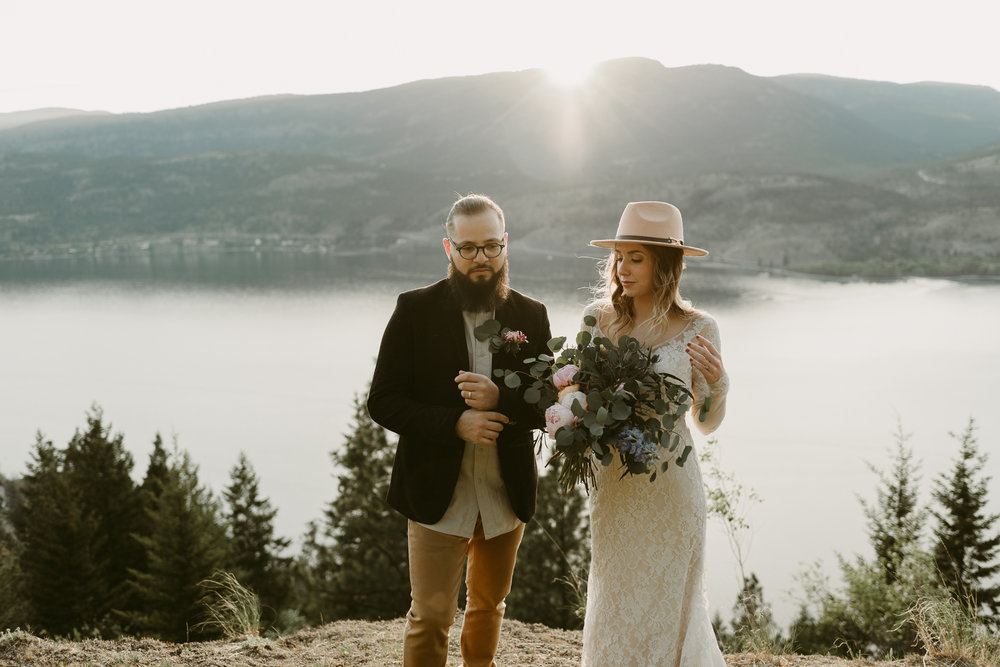 Styled Mountain Elopement-WEBSIZE-73.jpg
