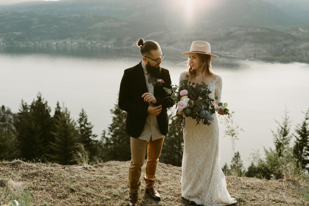 Styled Mountain Elopement-WEBSIZE-74.jpg