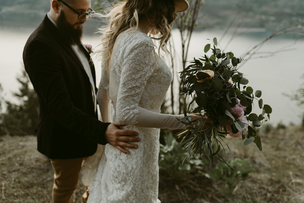 Styled Mountain Elopement-WEBSIZE-76.jpg