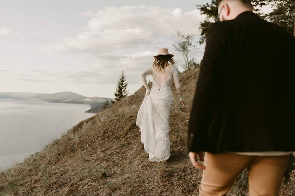 Styled Mountain Elopement-WEBSIZE-83.jpg