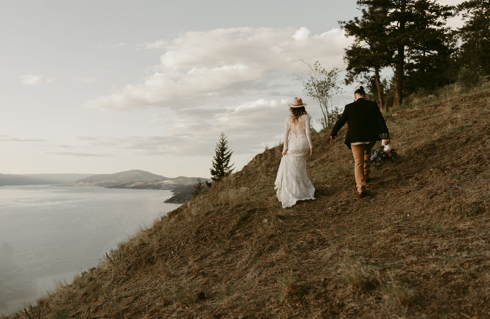 Styled Mountain Elopement-WEBSIZE-84.jpg