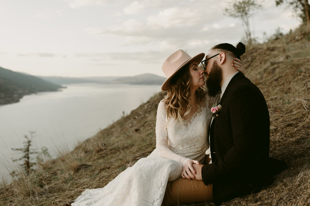 Styled Mountain Elopement-WEBSIZE-102.jpg
