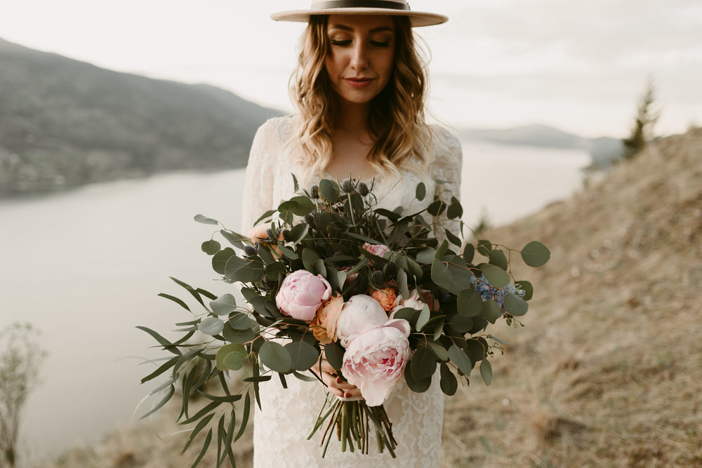 Styled Mountain Elopement-WEBSIZE-107.jpg