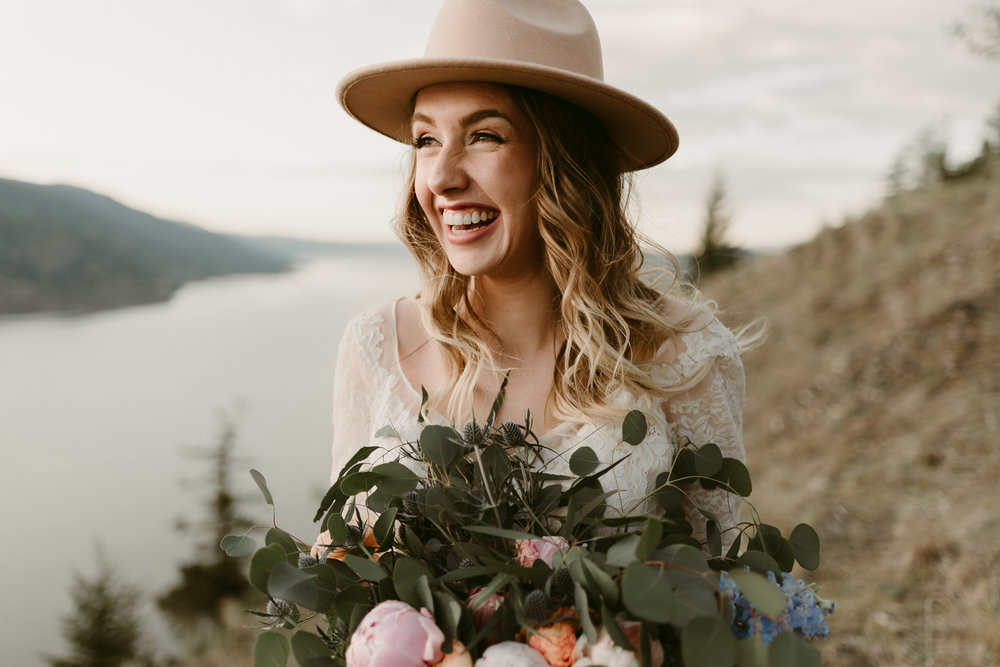 Styled Mountain Elopement-WEBSIZE-117.jpg