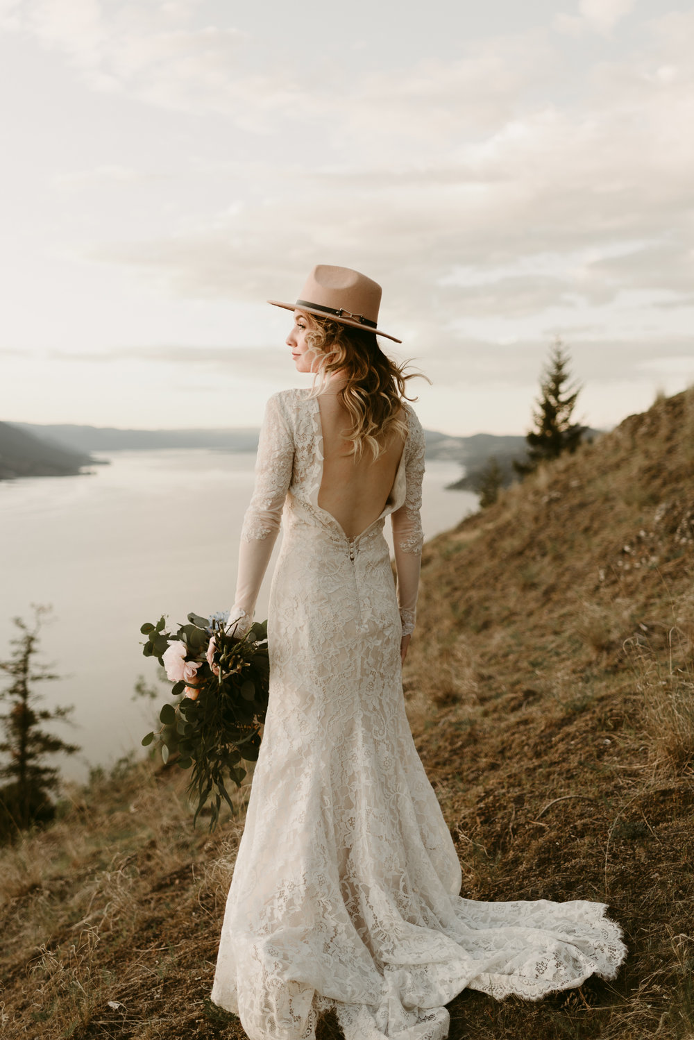Styled Mountain Elopement-WEBSIZE-120.jpg