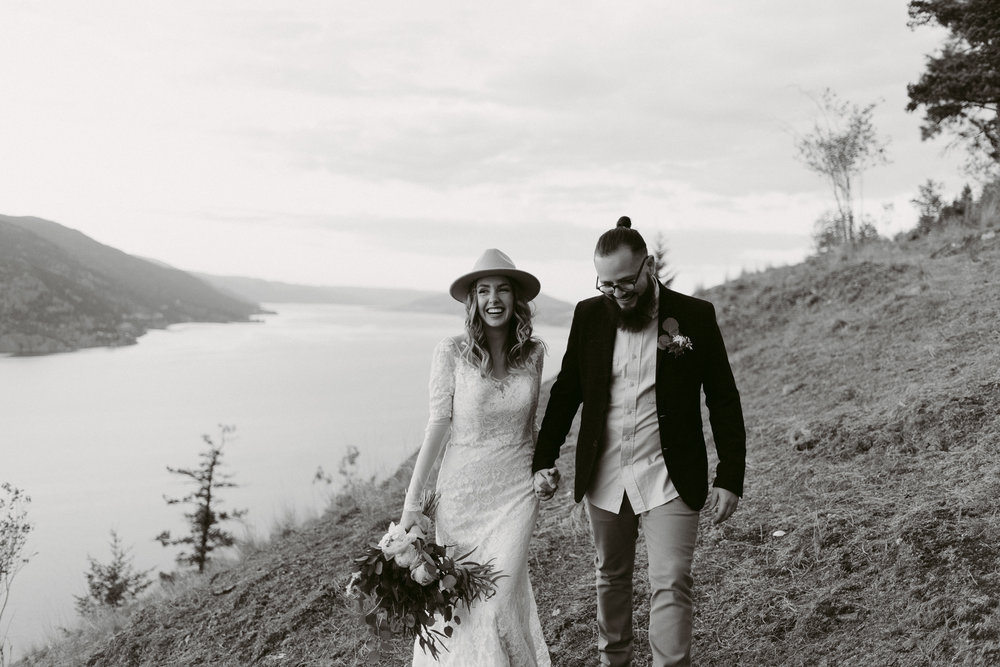 Styled Mountain Elopement-WEBSIZE-144.jpg