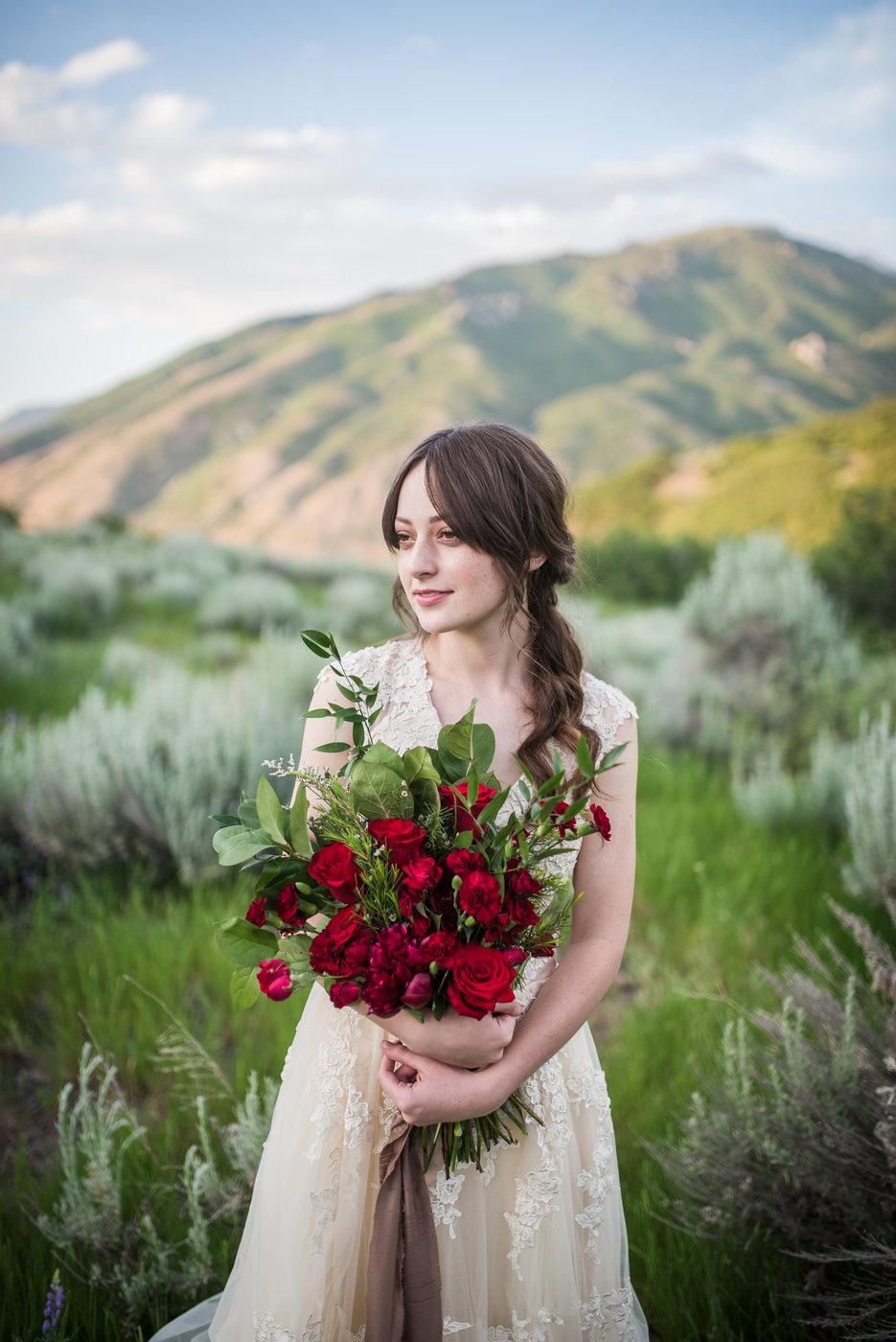 Intertwined Floral-Utah Photographer-Utah Wedding Photographer-Draper, Utah-Utah Bridals (4).jpg