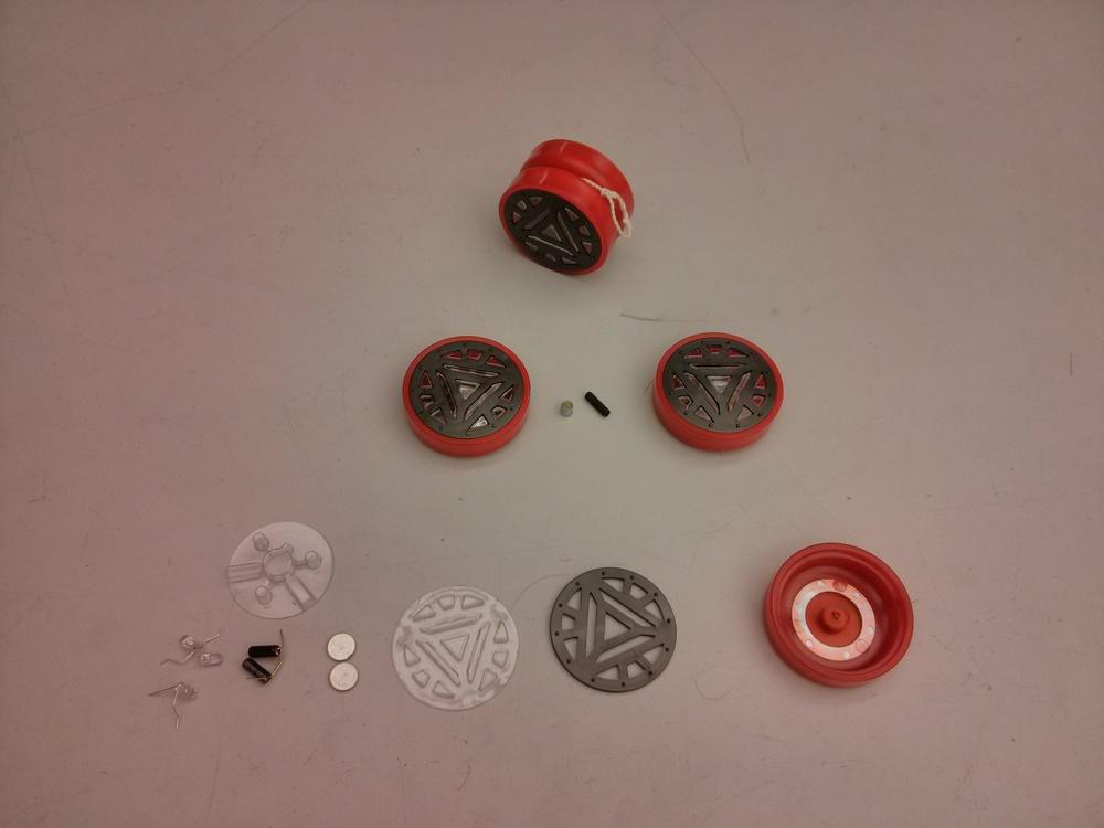 A breakdown of the yo-yo's parts.