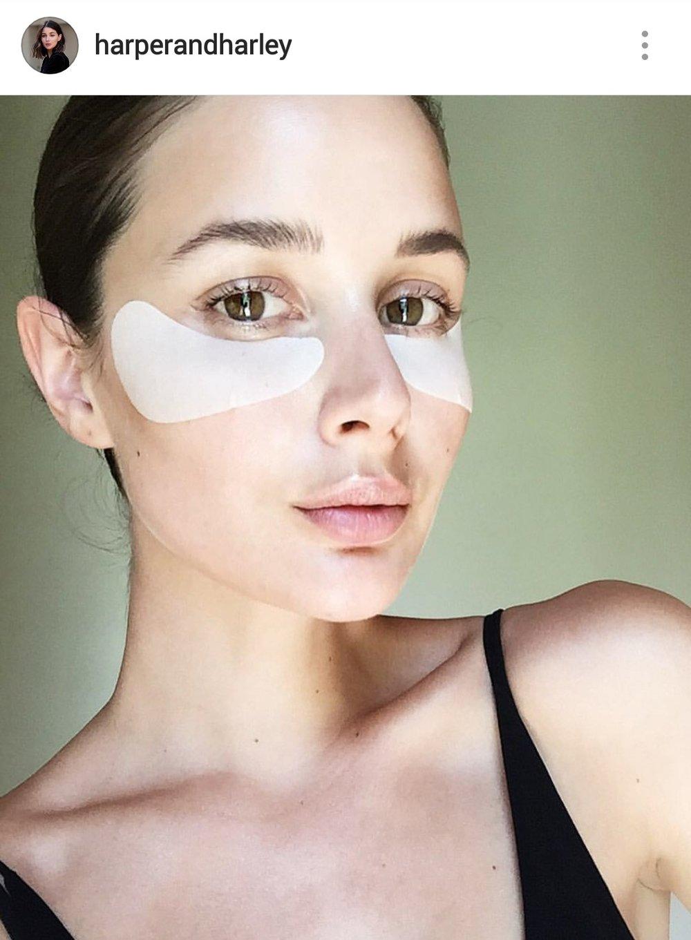 Everyday human & Instagram influencer - Sara Donaldson models for Estee Lauder. Image credit @harperandharley
