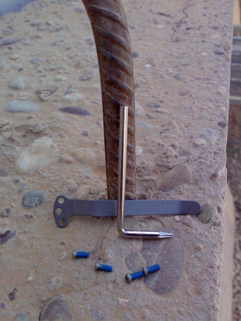 CRKT M16-14 poket clip