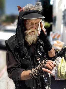 The street person Contractorous Douchebagnus