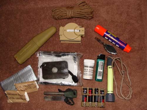 Main-KIFARU-EE-bag-and-pouch-contents