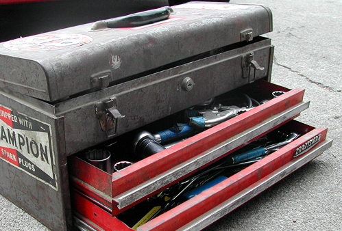 ak and m-4 toolbox