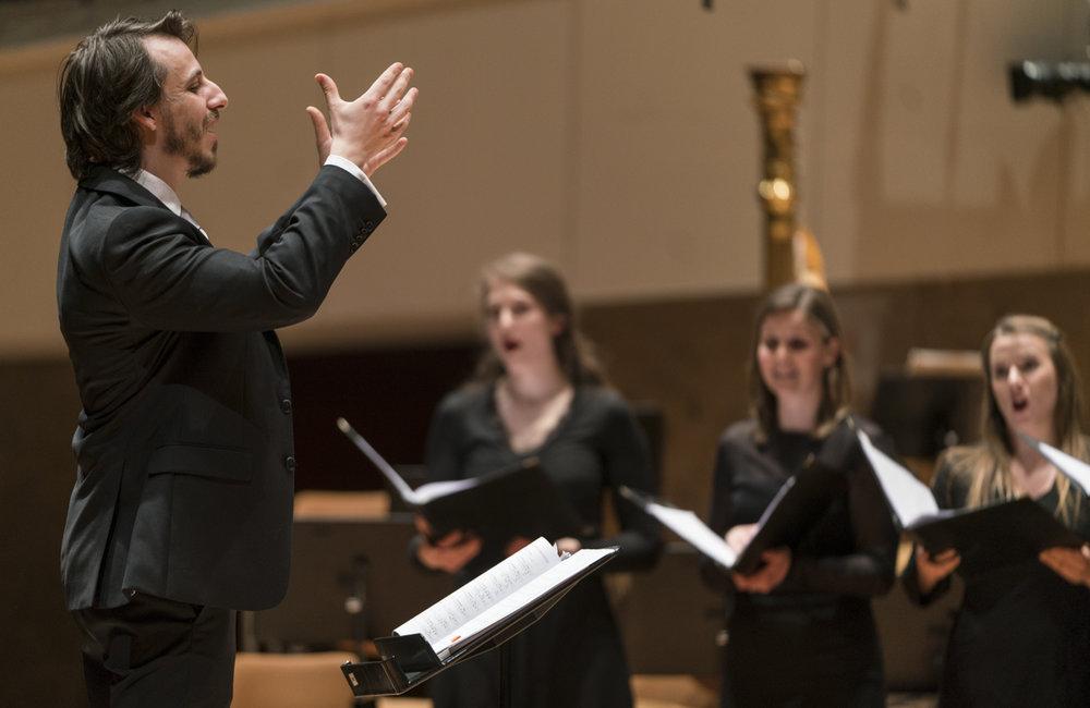Benjamin Goodson conducting at the Philharmonie Berlin