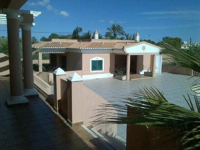 villa for sale in Atalaia (8).jpg
