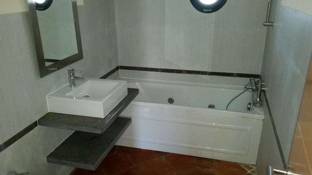 Imóvel de retoma bancária Moradia com 2 quartos e 2 instalações sanitárias.