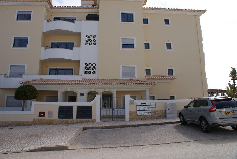 A-470 Apartment for sale in Porto de Mós (2).JPG