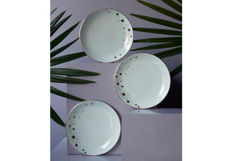 Cosmic_Plates_1.jpg