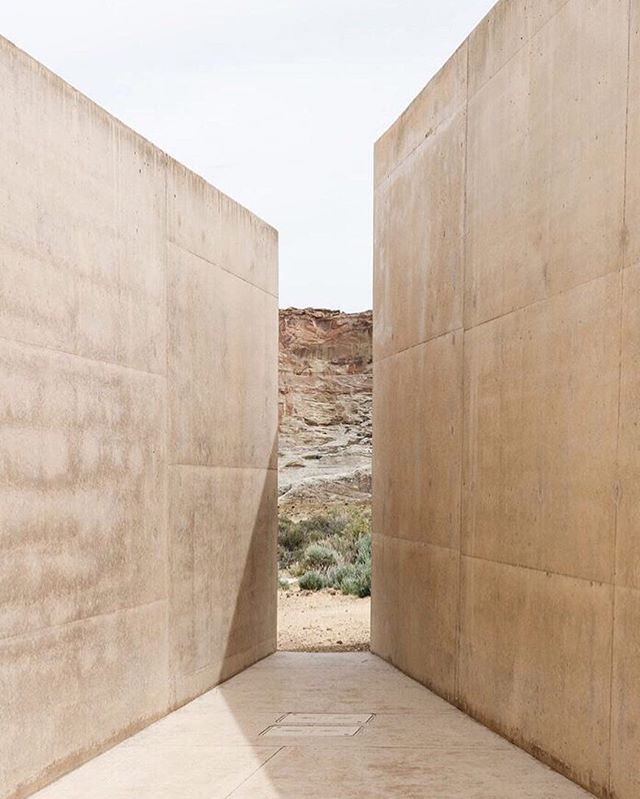 Stunning photography by @cerealmag of Amangiri Spa by @wendellburnettearchitects 💭