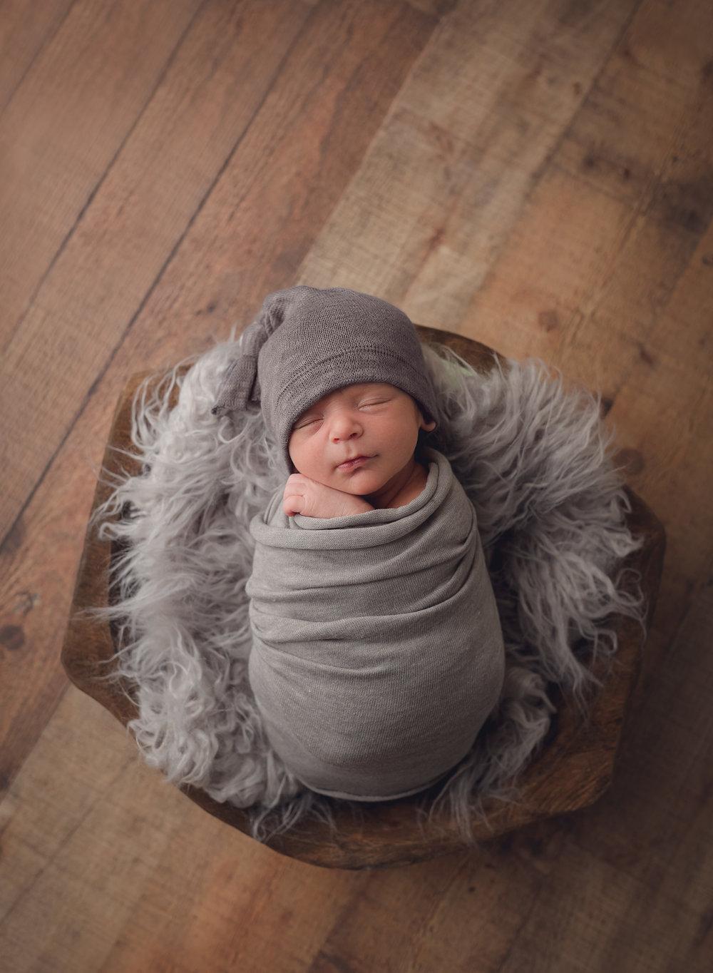 Northern new jersey photographer hudson valley children portrait photographer family photographer newborn read about baby boy