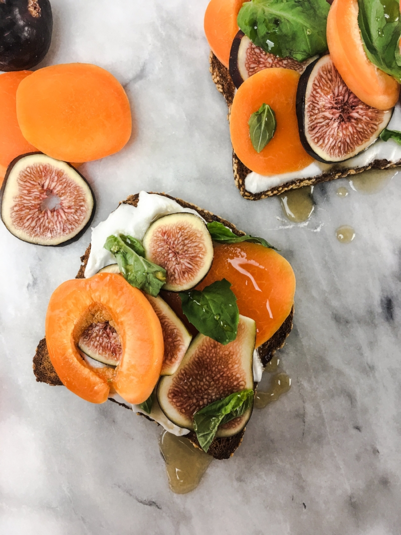 Vegan Fig & Coconut Cream Toast 2.JPG