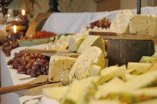 Hilmar-Cheese-Co-Catering-Cheese-Display