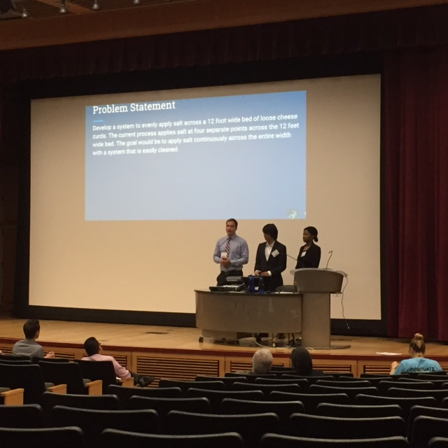 UC Merced students make their presentations during Innovate to Grow at UC Merced.  Photo by Steve Newvine