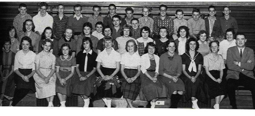Bill Newvine is fourth from the left in the top row of this yearbook photo from his freshman year in high school.  Photo: Newvine Personal Collection.
