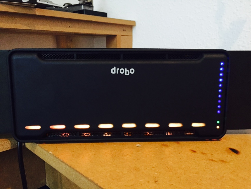 8 disk WD Red Drobo B810i Hybrid Raid data recovery
