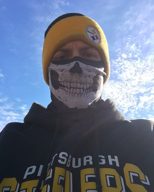 They Run Among Us!  Trying to get my 5K legs and lungs back #steelernation #blackandyellow #herewegosteelers #c25k