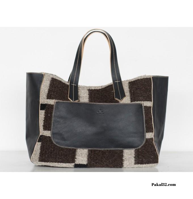 Albán Squared Handbag ($220)