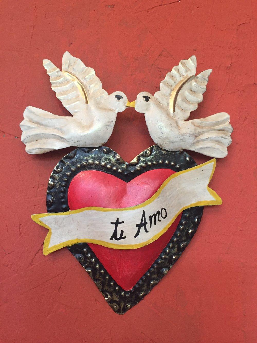 Dos Damas    Te Amo Doves // $35.00