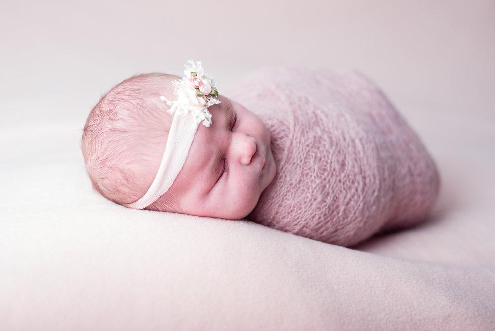 Naomi Lucienne Photography180312Newborn-8.jpg