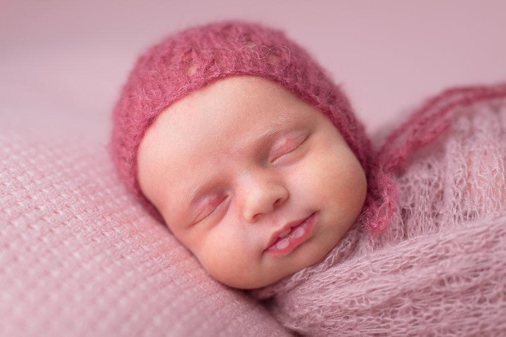 Newborn27NaomiLuciennePhotography052018-2-Edit.jpg