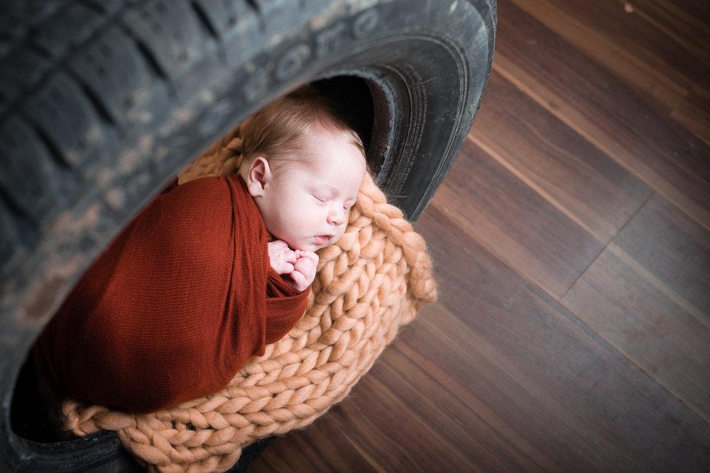 Newborn42NaomiLuciennePhotography042018-Edit.jpg