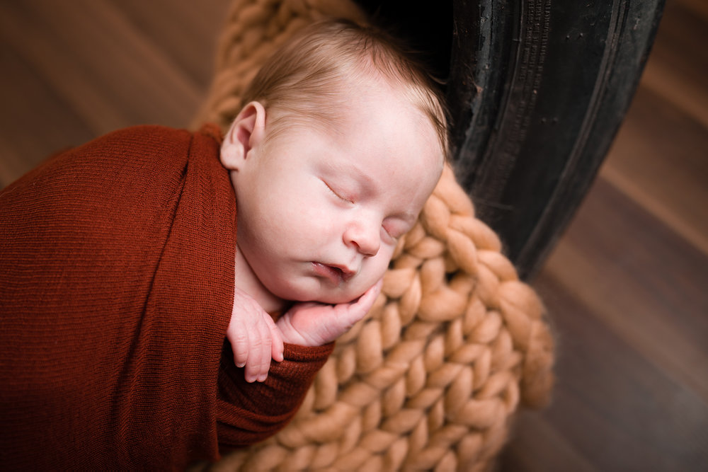 Newborn68NaomiLuciennePhotography042018-Edit.jpg