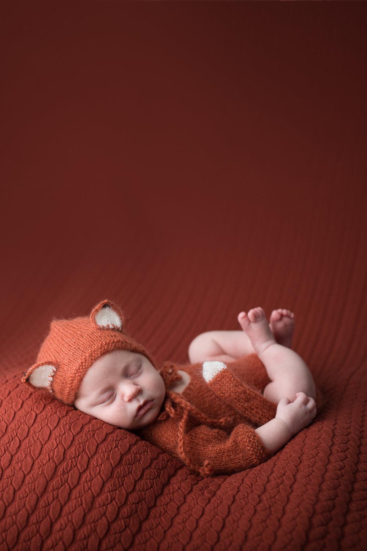 Newborn234NaomiLuciennePhotography042018-Edit.jpg