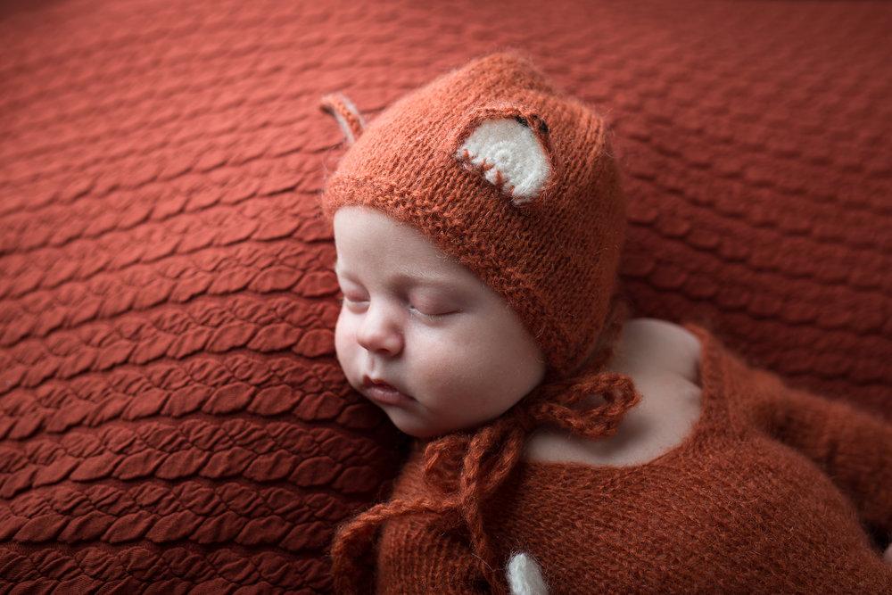 Newborn243NaomiLuciennePhotography042018-Edit.jpg