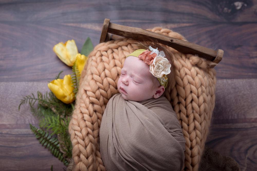 Newborn291NaomiLuciennePhotography052018-Edit.jpg