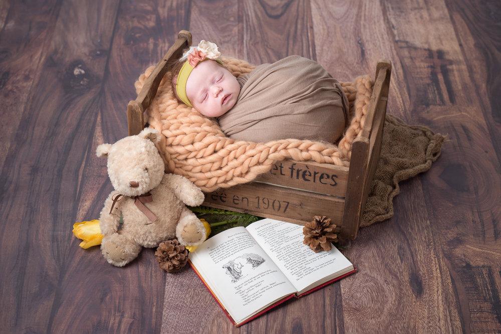 Newborn307NaomiLuciennePhotography052018-Edit.jpg