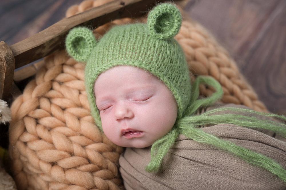 Newborn316NaomiLuciennePhotography052018-Edit.jpg