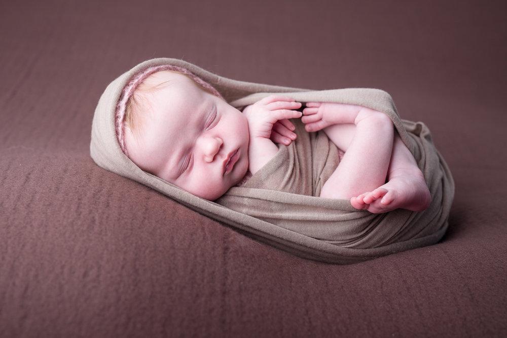 Newborn389NaomiLuciennePhotography052018-Edit.jpg