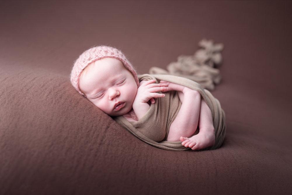Newborn411NaomiLuciennePhotography052018-Edit.jpg