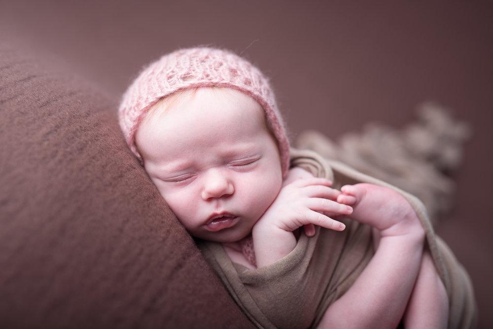 Newborn423NaomiLuciennePhotography052018-Edit.jpg